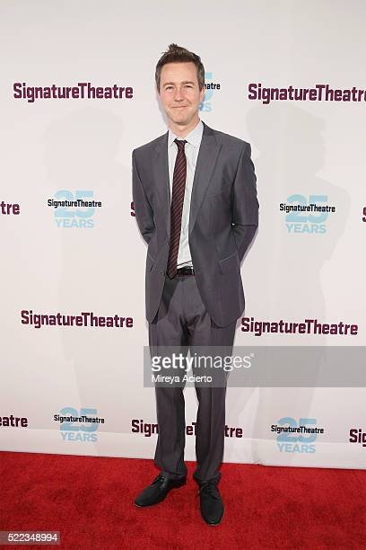 Actor Edward Norton attends the 2016 Signature Theatre Gala at The Signature Center on April 18 2016 in New York City
