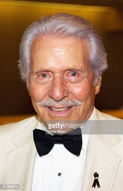 Actor Efrem Zimbalist Jr. Attends the City of Hope's National Convention closing night gala on July 19, 2004 at the Beverly Hilton Hotel in Beverly...