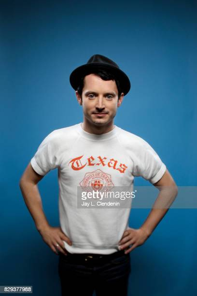 Actor Elijah Wood from the television series Dirk Gently's Holistic Detective Agency is photographed in the LA Times photo studio at ComicCon 2017 in...