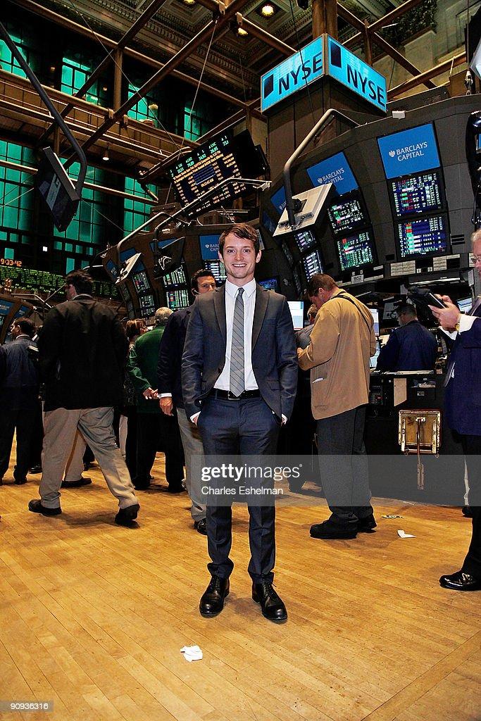 Elijah Wood Rings The New York Stock Exchange Opening Bell : News Photo