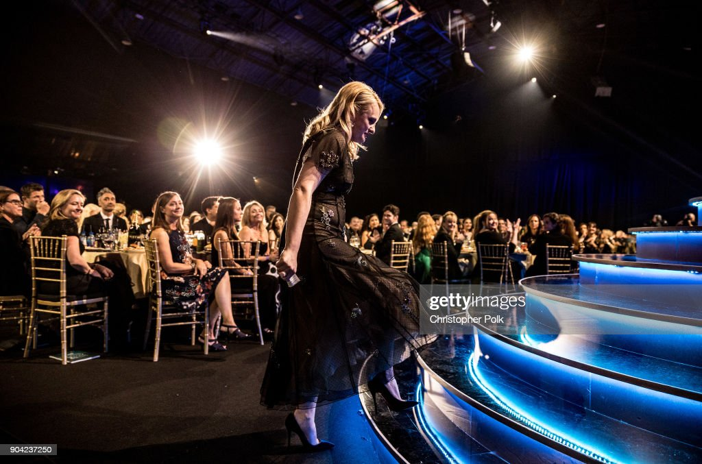 Actor Elisabeth Moss accepts Best Actress in a Drama Series for 'The Handmaid's Tale' onstage during The 23rd Annual Critics' Choice Awards at Barker Hangar on January 11, 2018 in Santa Monica, California.