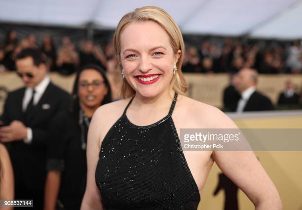 Actor Elisabeth Moss attends the 24th Annual Screen Actors Guild Awards at The Shrine Auditorium on January 21, 2018 in Los Angeles, California....