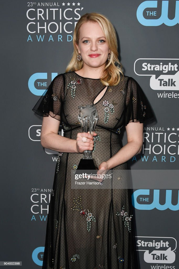 Actor Elisabeth Moss, winner of Best Actress in a Drama Series for 'The Handmaid's Tale', poses in the press room during The 23rd Annual Critics' Choice Awards at Barker Hangar on January 11, 2018 in Santa Monica, California.