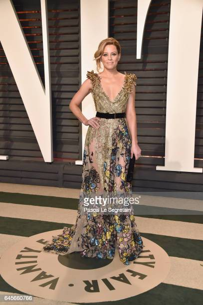 Actor Elizabeth Banks attends the 2017 Vanity Fair Oscar Party hosted by Graydon Carter at Wallis Annenberg Center for the Performing Arts on...