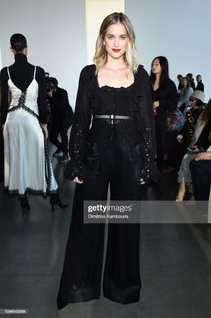 Self-Portrait - Front Row - February 2019 - New York Fashion Week: The Shows : News Photo