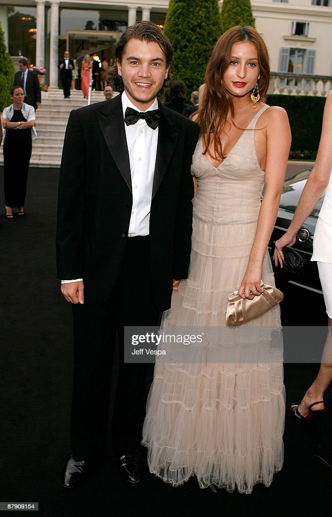 Actor Emile Hirsch and Brianna Domont attend the amfAR Cinema Against AIDS 2009 benefit at the Hotel du Cap during the 62nd Annual Cannes Film Festival on May 21, 2009 in Antibes, France.