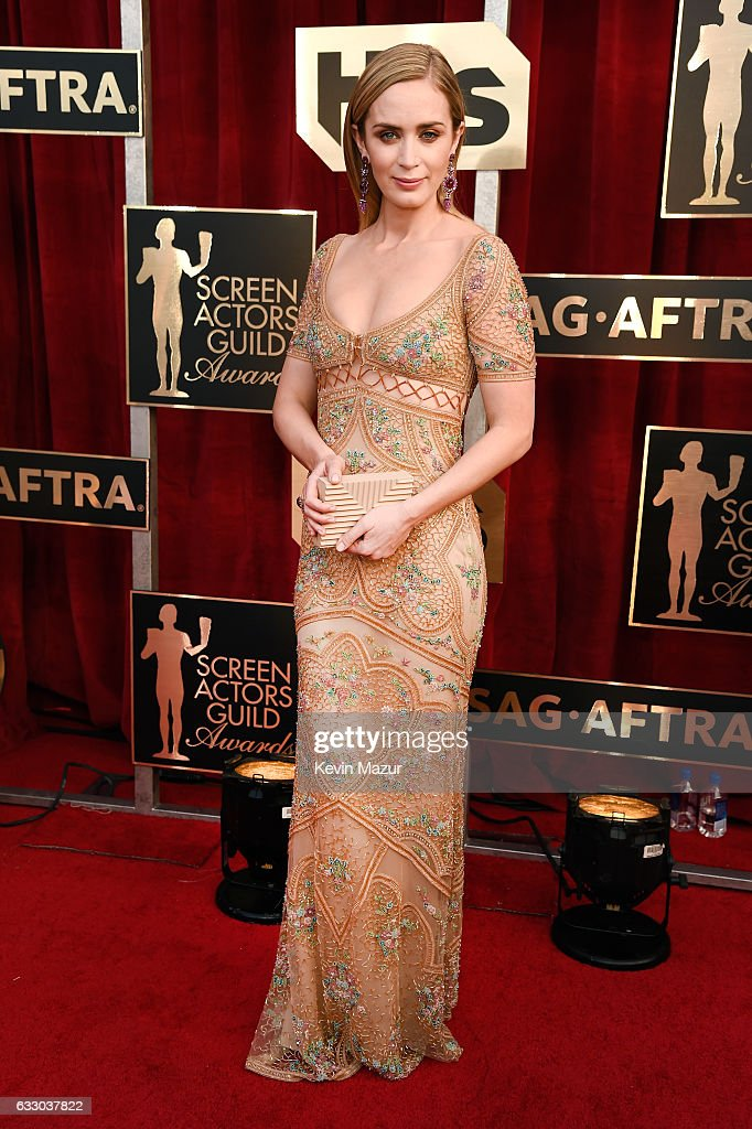 Actor Emily Blunt attends The 23rd Annual Screen Actors Guild Awards at The Shrine Auditorium on January 29, 2017 in Los Angeles, California. 26592_011