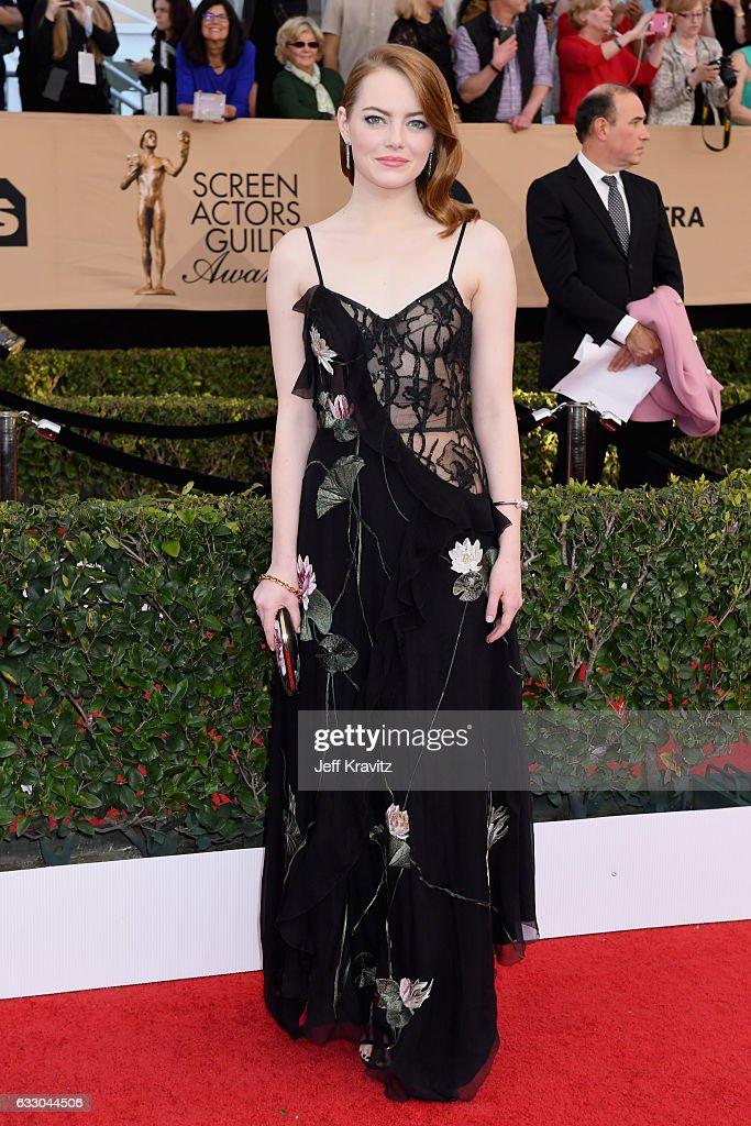 Super 23E Cérémonie Des Screen Actors Guild Awards actor emma stone attends the 23rd annual screen actors guild awards
