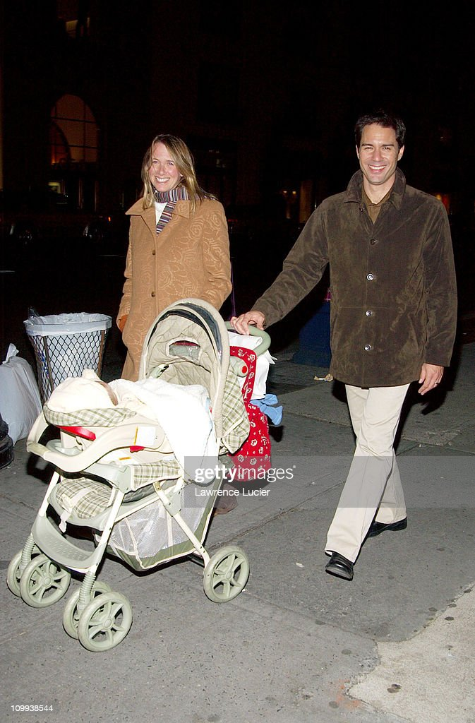 Eric McCormack and Family : News Photo