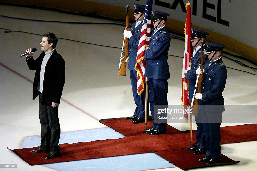 Eric McCormack Sings Anthem : News Photo