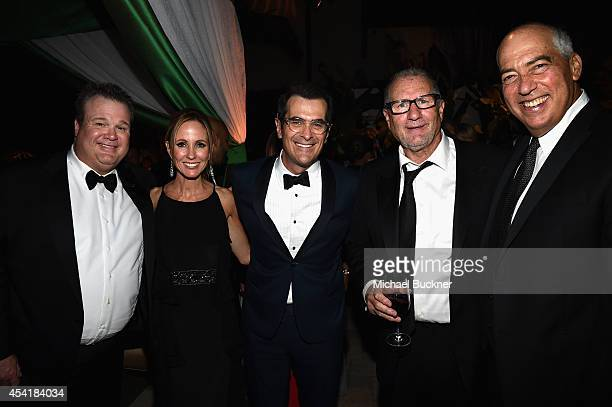 Actor Eric Stonestreet Dana Walden Chairman and CEO of Fox Television Group actor Ty Burrell actor Ed O'Neill and Gary Newman Chairman and CEO of Fox...