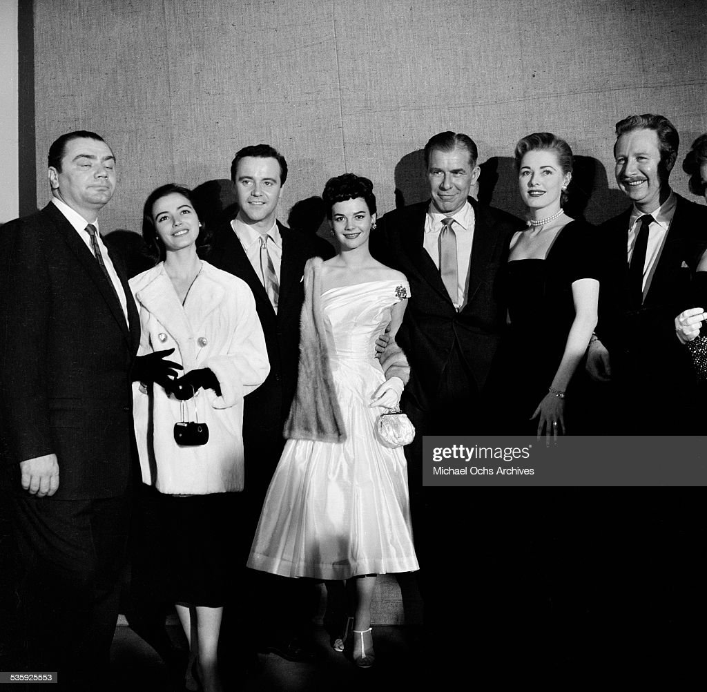 Actor Ernest Borgnine, actress Marisa Pavan, actor Jack Lemmon, actress Natalie Wood, actor Joe Mantell, actress Susan Hayward and actor Arthur O'Connell pose for the 28th Academy Awards Oscar Nomination portrait in Los Angeles,CA.