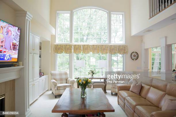 Actor Ernie Hudson's home is photographed for Closer Weekly Magazine on July 5 2017 in Minnesota Living room PUBLISHED IMAGE
