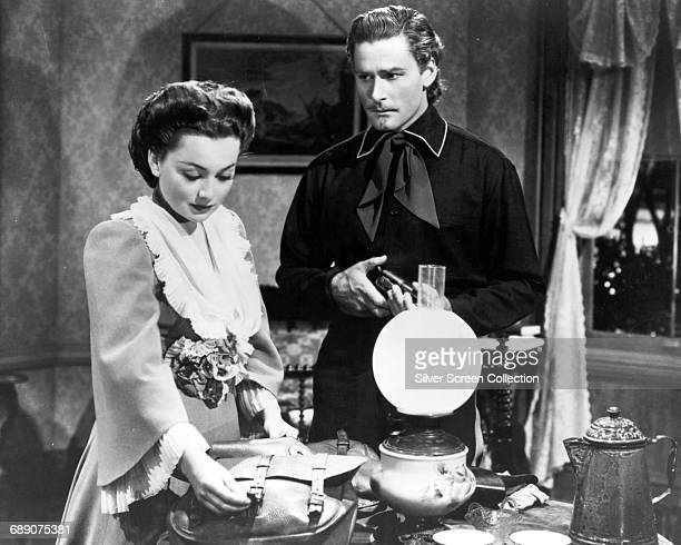 Actor Errol Flynn as George Armstrong Custer and Olivia de Havilland as Elizabeth Bacon in the film 'They Died with Their Boots On' 1941