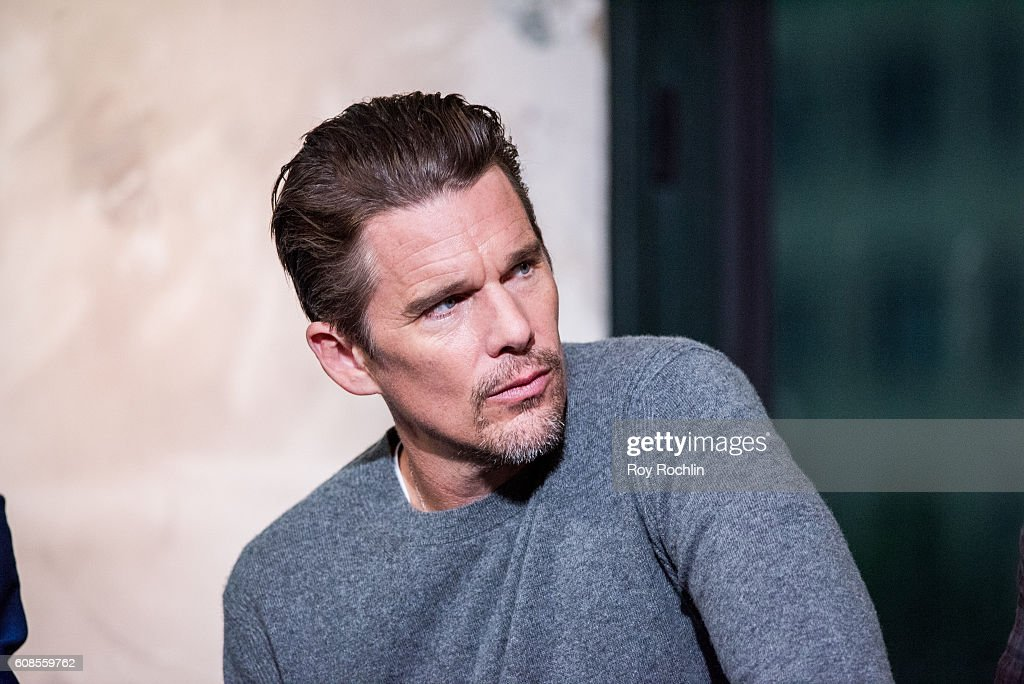"The BUILD Series Presents Actors Denzel Washington, Chris Pratt, Ethan Hawke, Vincent D'Onofrio And Director Antoine Fuqua Discussing ""The Magnificent Seven"" : News Photo"
