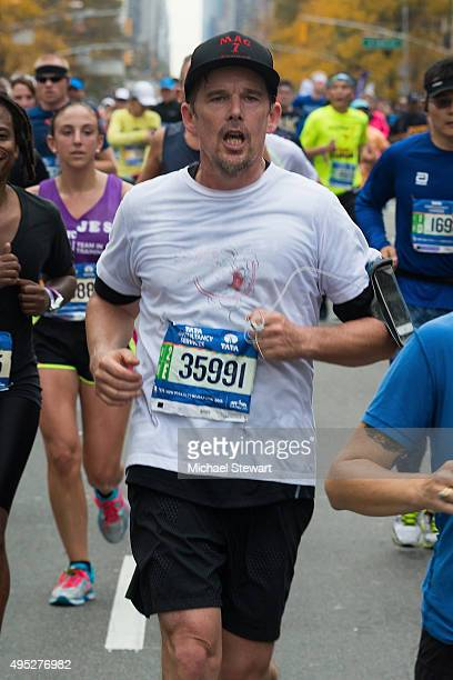 Actor Ethan Hawke participates in the TCS New York City Marathon on November 1 2015 in New York City