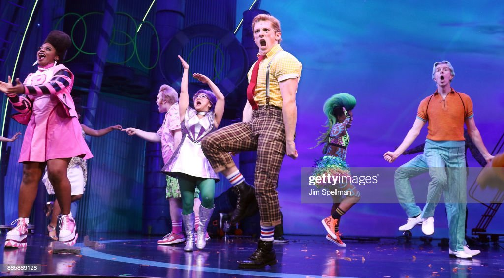 """Spongebob Squarepants"" Broadway Opening Night - Arrivals & Curtain Call : Foto jornalística"