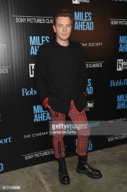 Actor Ewan McGregor arrives at the screening of Sony Pictures Classics' 'Miles Ahead' hosted by The Cinema Society with Ketel One and Robb Report at...