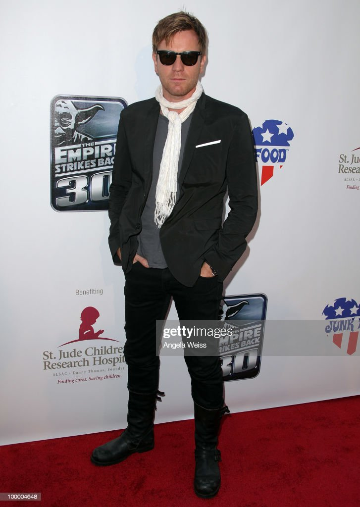 Actor Ewan McGregor arrives to St. Jude's 30th anniversary screening of 'The Empire Strikes Back' at Arclight Cinema on May 19, 2010 in Los Angeles, California.