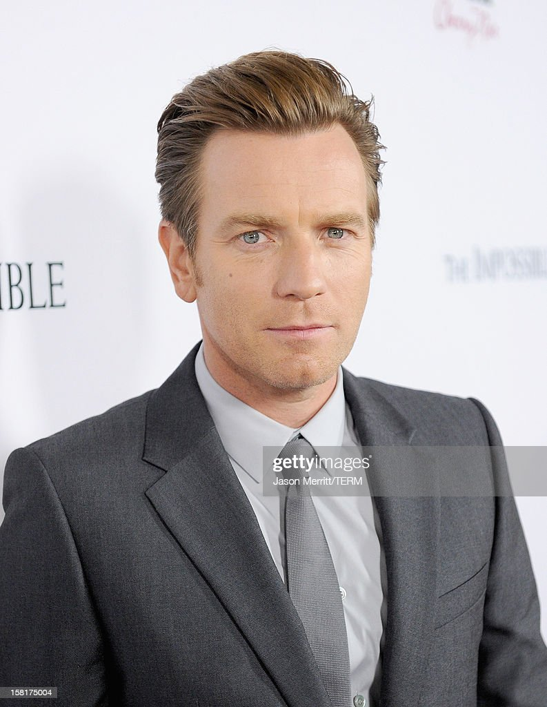 Actor Ewan McGregor attends the Los Angeles premiere of Summit Entertainment's 'The Impossible' at ArcLight Cinemas Cinerama Dome on December 10, 2012 in Hollywood, California.