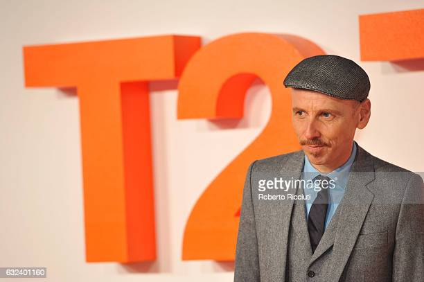Actor Ewen Bremner attends the World Premiere of T2 Trainspotting at Cineworld on January 22 2017 in Edinburgh United Kingdom