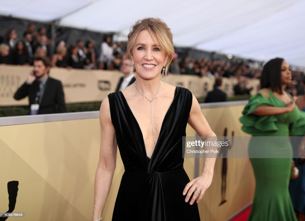 Actor Felicity Huffman attends the 24th Annual Screen Actors Guild Awards at The Shrine Auditorium on January 21, 2018 in Los Angeles, California. 27522_010