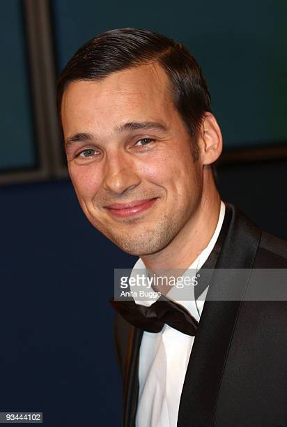 Actor Florian David Fitz arrives to the Bambi Awards 2009 at the Metropolis Hall at the Filmpark Babelsberg on November 26 2009 in Potsdam Germany