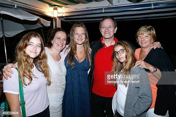 Actor Francis Huster with his daughters Toscane and Elisa Miss Pierre Huth Doctor Francoise Huth with her daughter Nathalie and her granddaughter...