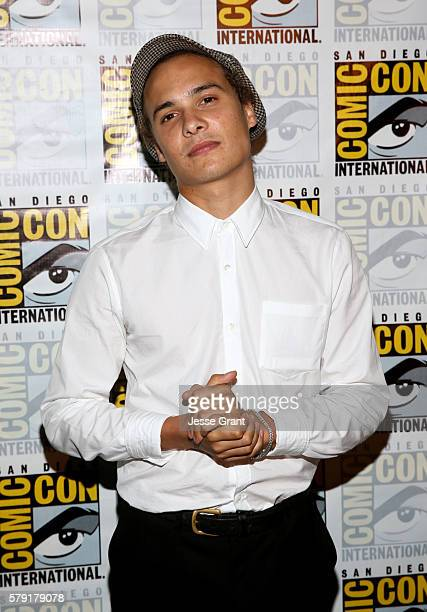 Actor Frank Dillane attends AMC's 'Fear The Walking Dead' Panel during ComicCon International 2016 at San Diego Convention Center on July 22 2016 in...