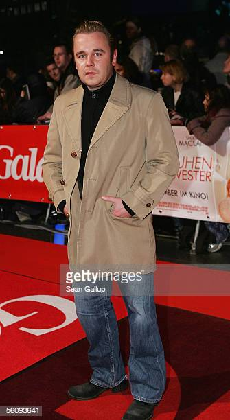 "Actor Frank Giering attends the German premiere of ""In Her Shoes"" November 4, 2005 at the CineStar in Berlin, Germany."