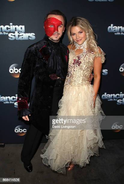 Actor Frankie Muniz and dancer Witney Carson pose at 'Dancing with the Stars' season 25 at CBS Televison City on October 30 2017 in Los Angeles...