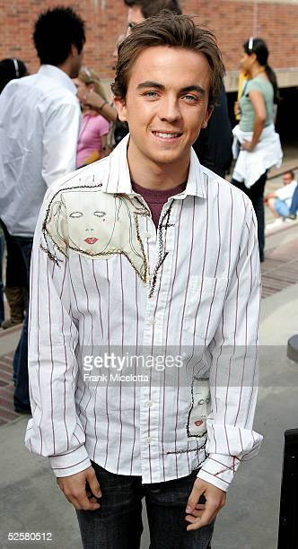 Actor Frankie Muniz arrives at the 18th Annual Kids Choice Awards at UCLA's Pauley Pavillion on April 2 2005 in Westwood California