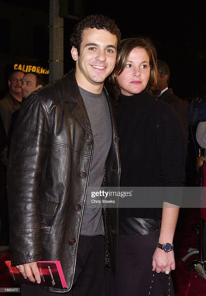 Actor Fred Savage And His Wife Pose For Photographers While Arriving News Photo Getty Images