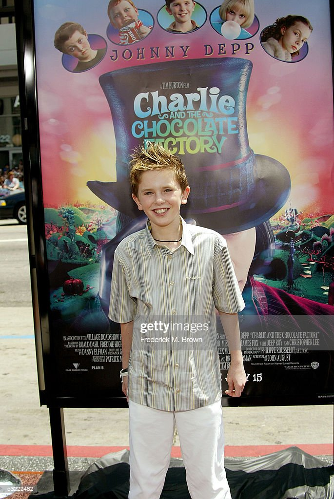 """Premiere Of """"Charlie And The Chocolate Factory"""" - Arrivals : Nachrichtenfoto"""