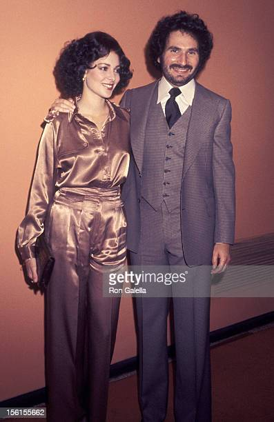 Actor Gabe Kaplan and date Leigh Walsh attend ABC Affiliates Dinner on May 12 1977 at the Century Plaza Hotel in Century City California