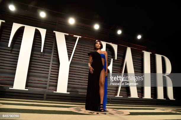 Actor Gabrielle Union attends the 2017 Vanity Fair Oscar Party hosted by Graydon Carter at Wallis Annenberg Center for the Performing Arts on...