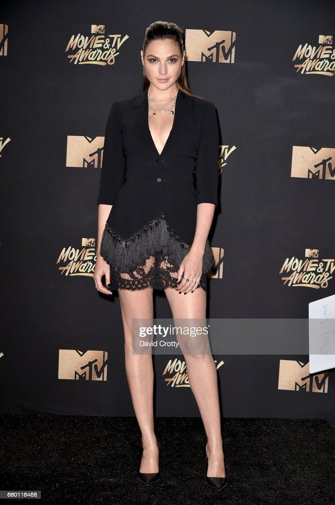 2017 MTV Movie And TV Awards - Arrivals : Fotografía de noticias