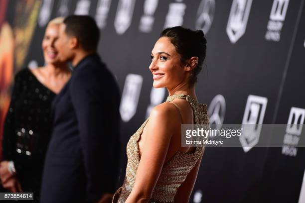 "Actor Gal Gadot attends the premiere of Warner Bros. Pictures' ""Justice League"" at Dolby Theatre on November 13, 2017 in Hollywood, California."