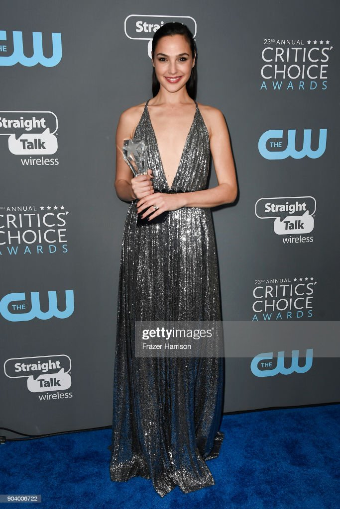 Actor Gal Gadot poses with the See Her Award in the press room during The 23rd Annual Critics' Choice Awards at Barker Hangar on January 11, 2018 in Santa Monica, California.