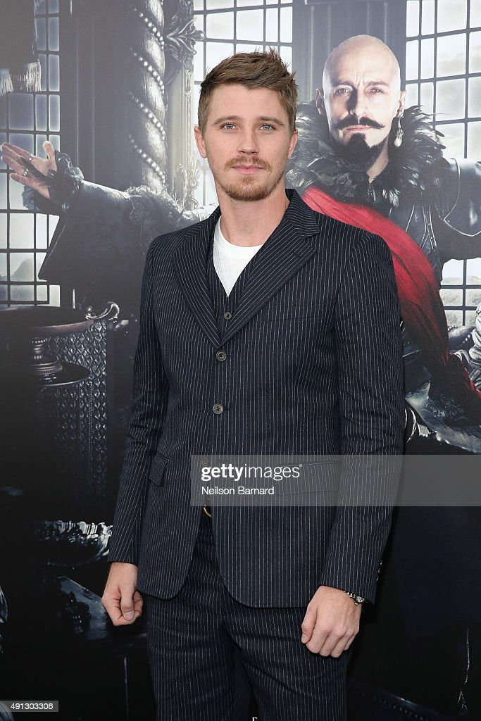 Actor Garrett Hedlund attends 'Pan' premiere at Ziegfeld Theater on October 4, 2015 in New York City.