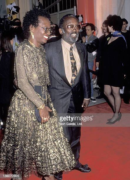 Actor Garrett Morris and date Freda attend the Sxith Annual American Comedy Awards on March 28 1992 at Shrine Auditorium in Los Angeles California