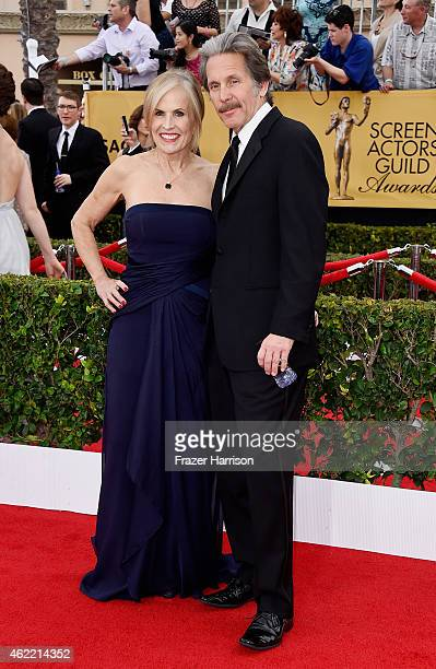 Actor Gary Cole and Teddi Siddall attend the 21st Annual Screen Actors Guild Awards at The Shrine Auditorium on January 25, 2015 in Los Angeles,...
