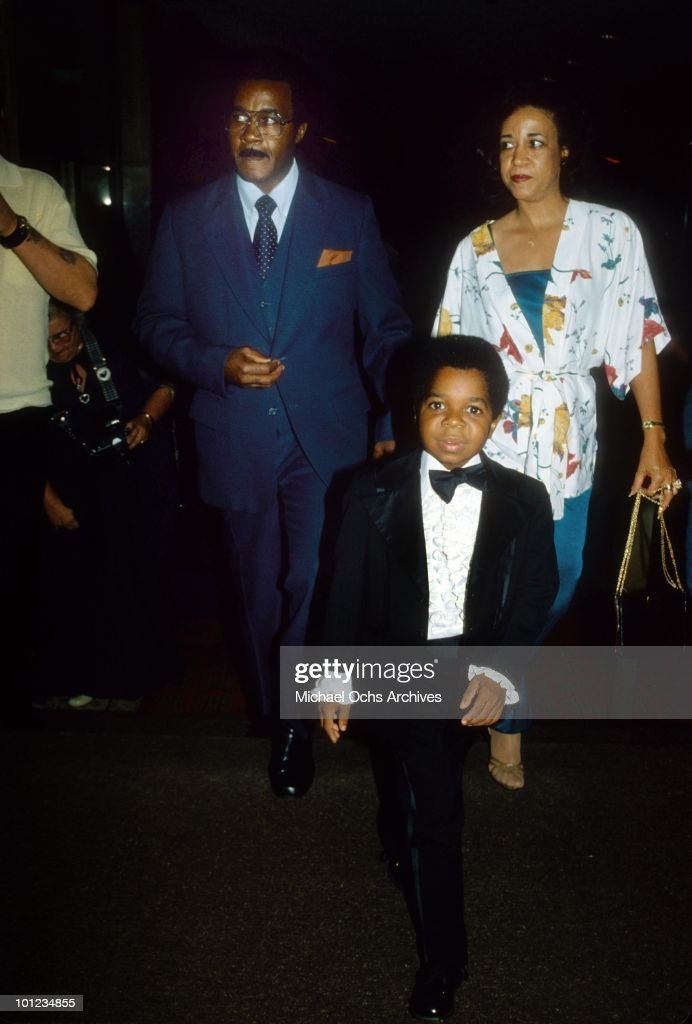 Actor Gary Coleman attends an event with his paents Edmonia Sue and W.G. Coleman circa 1980 in Los Angeles, California.