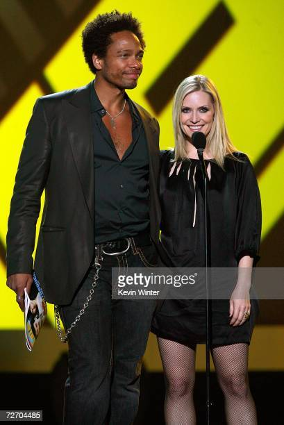 Actor Gary Dourdan and actress Emily Procter present the award for Big Breakthrough onstage during the VH1 Big in '06 Awards held at Sony Studios on...