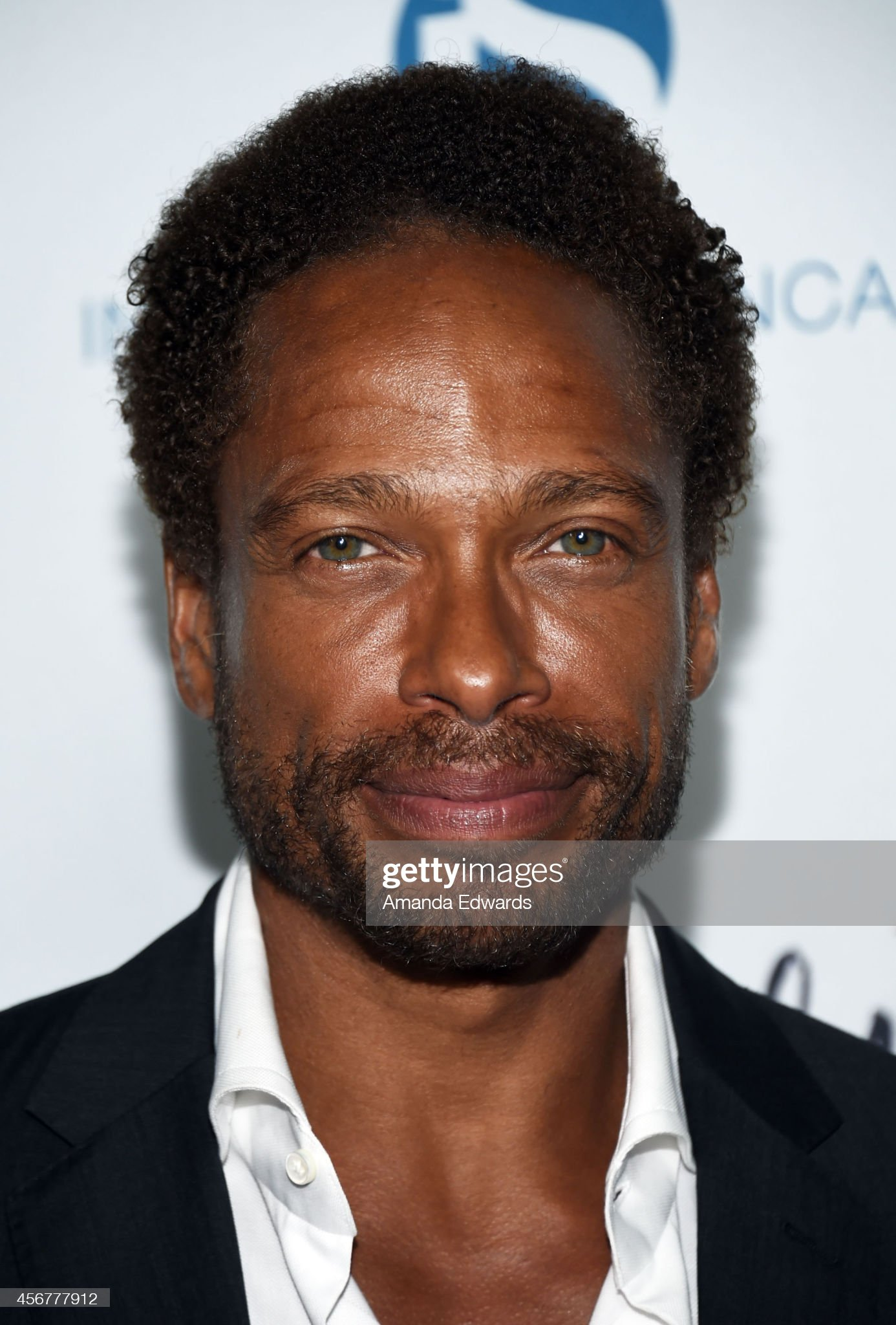 COLOR DE OJOS (clasificación y debate de personas famosas) - Página 11 Actor-gary-dourdan-arrives-at-the-les-girls-14-cabaret-benefit-at-on-picture-id456777912?s=2048x2048