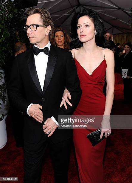 Actor Gary Oldman and wife Alexandra Edenborough arrive at the 15th Annual Screen Actors Guild Awards held at the Shrine Auditorium on January 25...