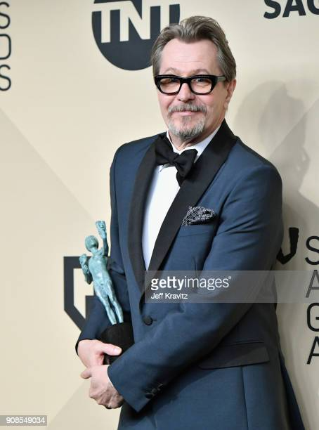 Actor Gary Oldman poses in the press room during the 24th Annual Screen ActorsGuild Awards at The Shrine Auditorium on January 21, 2018 in Los...