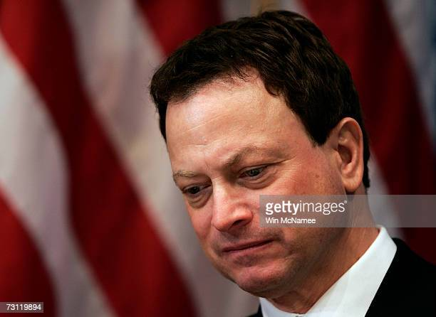 Actor Gary Sinise speaks at the National Press Club January 26 2007 in Washington DC Sinise helped launch a campaign to raise awareness of the...