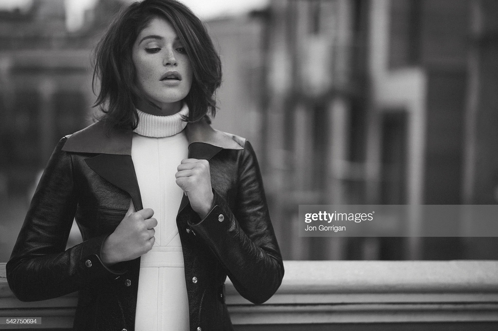 actor-gemma-arterton-is-photographed-for-es-magazine-on-september-29-picture-id542750694