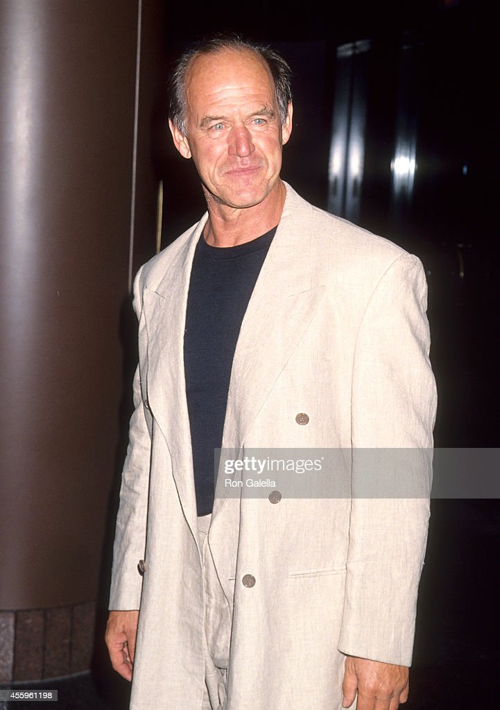 Actor Geoffrey Lewis attends the Screening of the TNT Original Movie 'Amelia Earhart: The Final Flight' on June 6, 1994 at the DGA Theatre in West Hollywood, California.